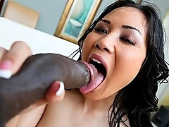 Jessica Bangkok Vs The Black Mamba